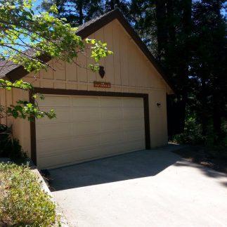 Arrowhead Woods with Garage